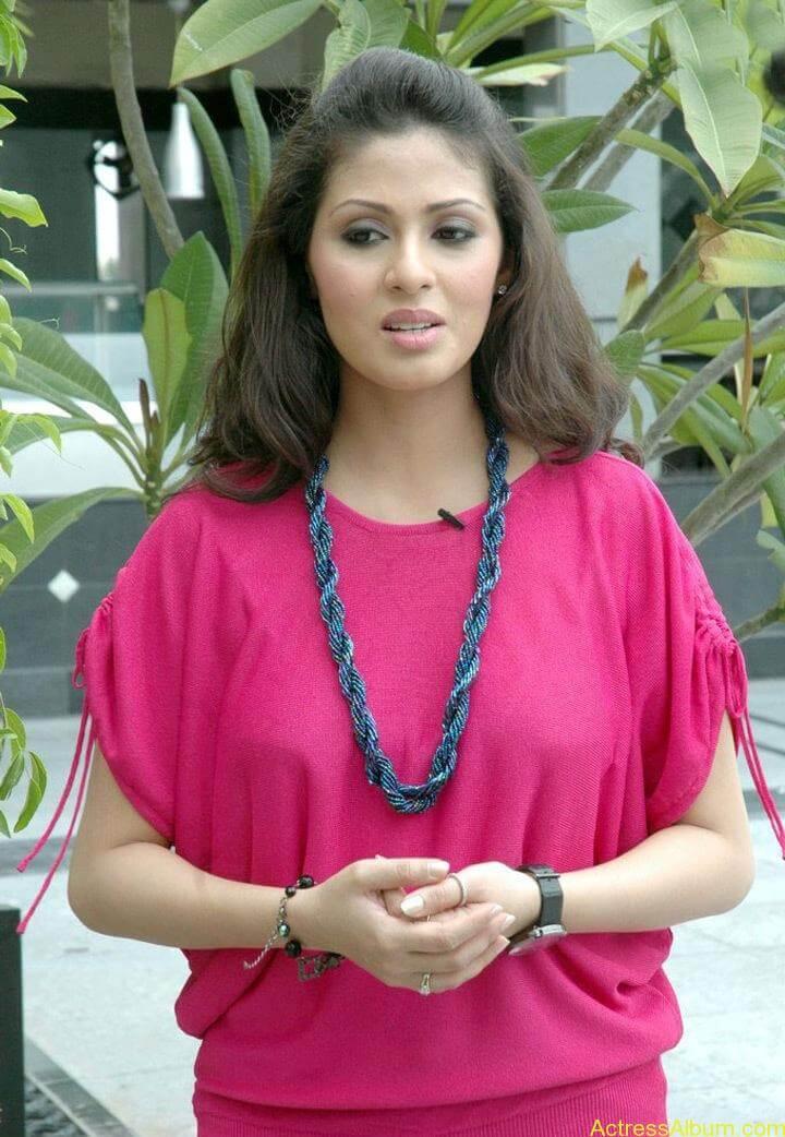 Tamil Actress Sada Latest Pictures 6