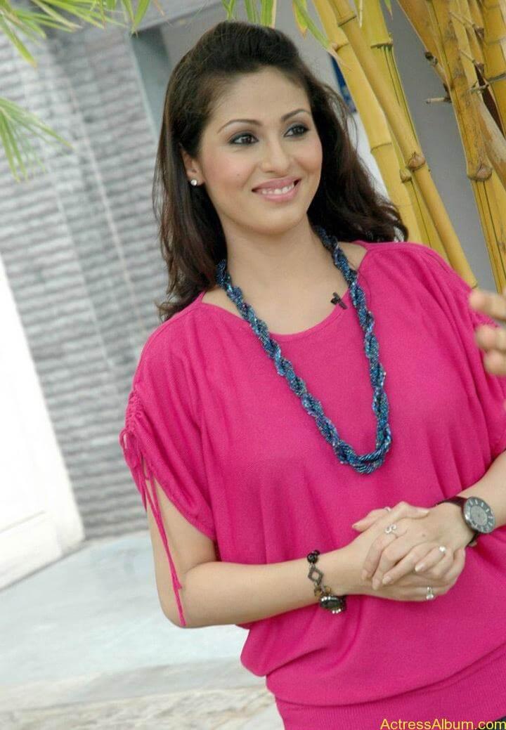 Tamil Actress Sada Latest Pictures 8