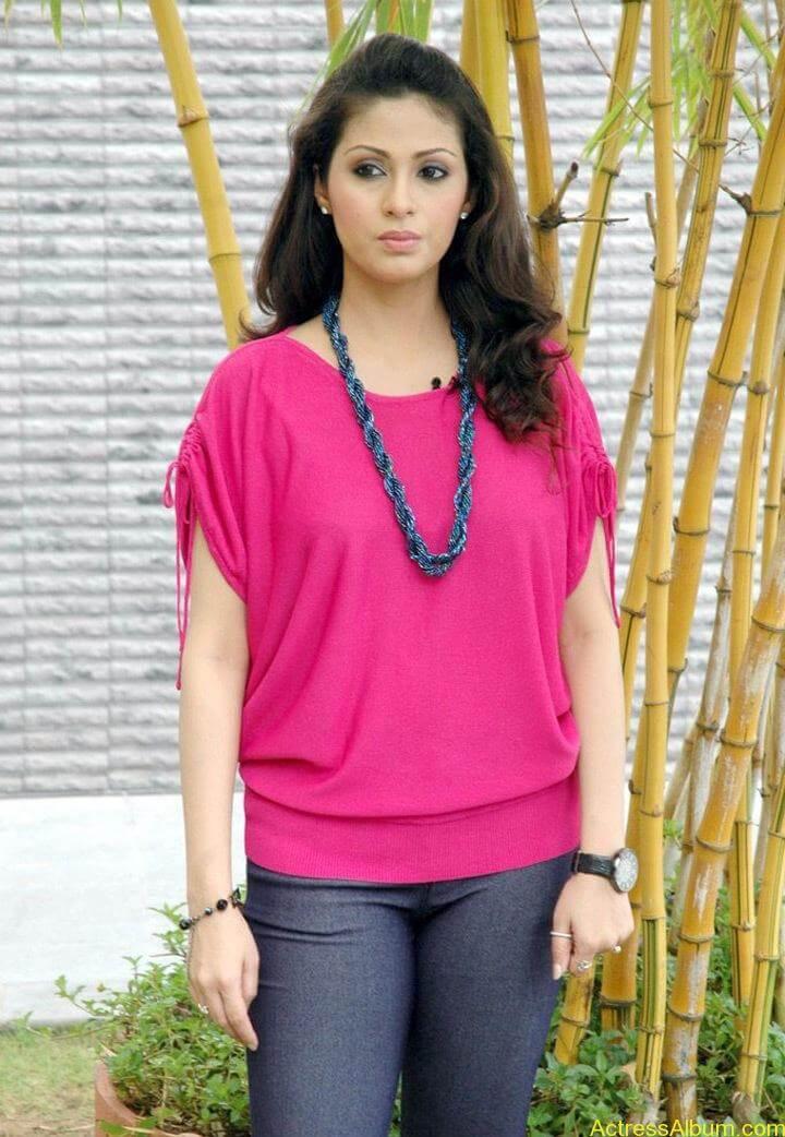 Tamil Actress Sada Latest Pictures 9
