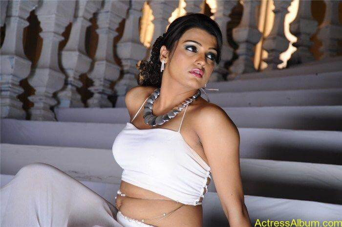 Salamath Movie Hot Stills