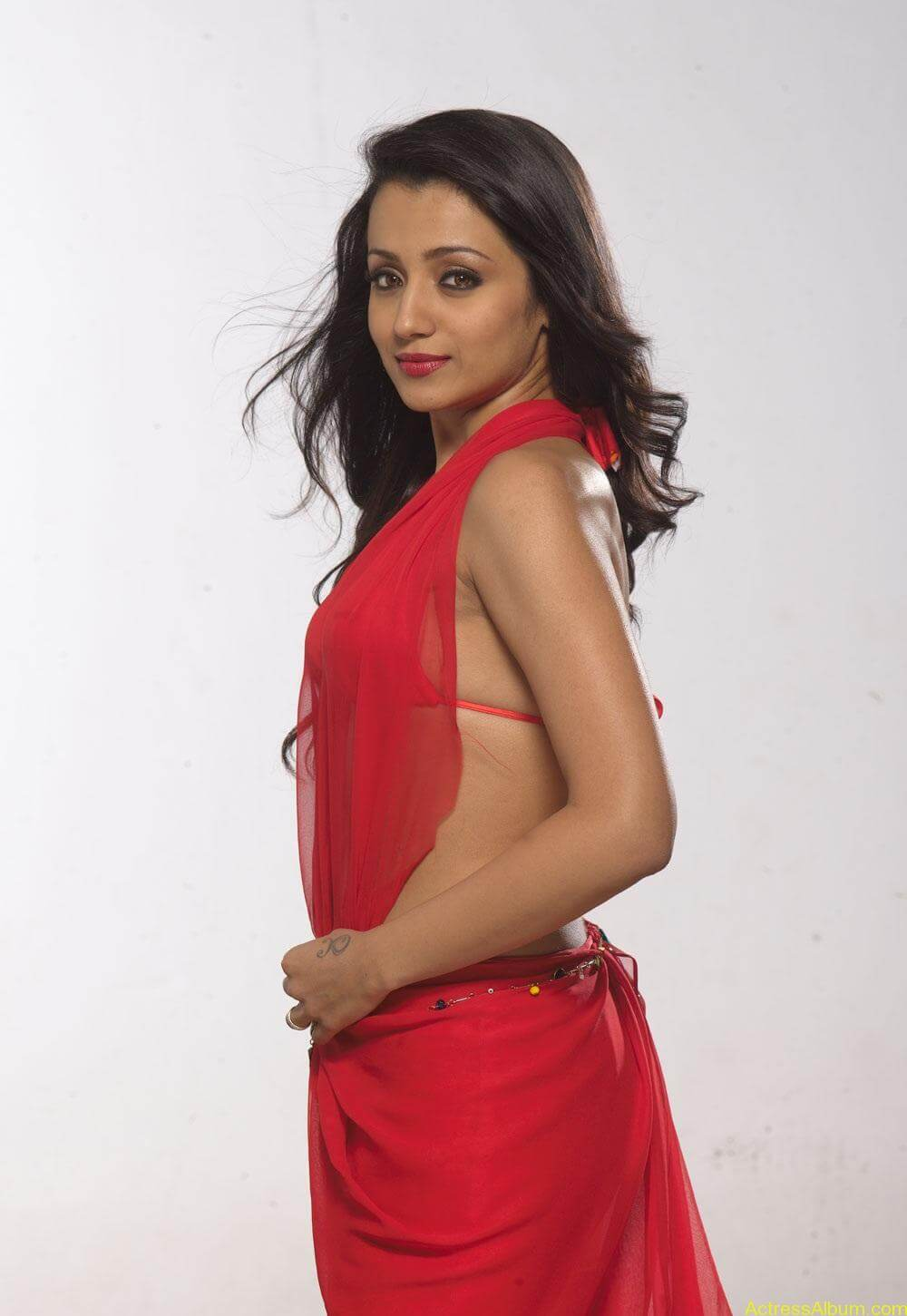 Trisha very hot Stills in Red Saree (3)