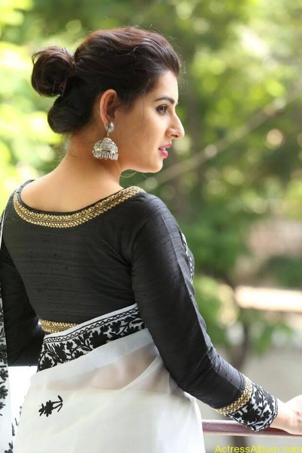 Archana-Saree-Stills-at-Panchami-Movie-Release-Date-Photos-5