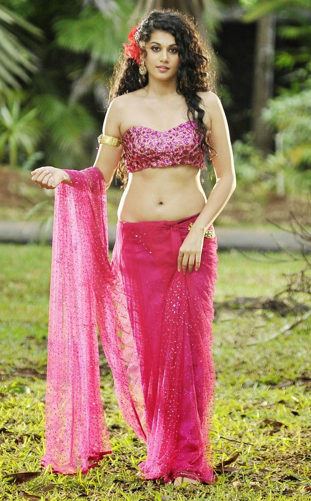Hot Photoshoot of Taapsee Pannu