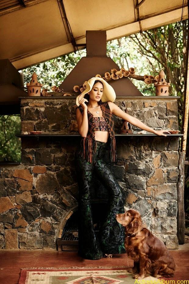 Lisa-Hayden-in-Elle-Magazine-Photo-Shoot-Photos-3