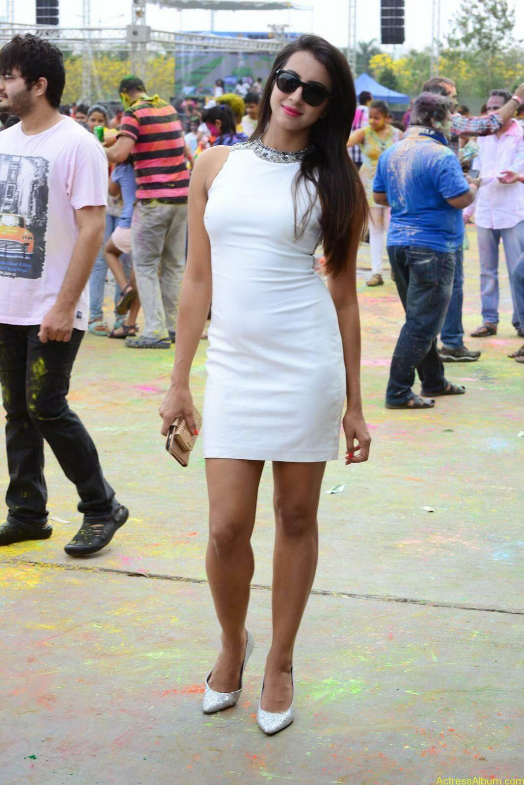 Sanjjanaa-in-White-Shorts-at-Holi-Party-5