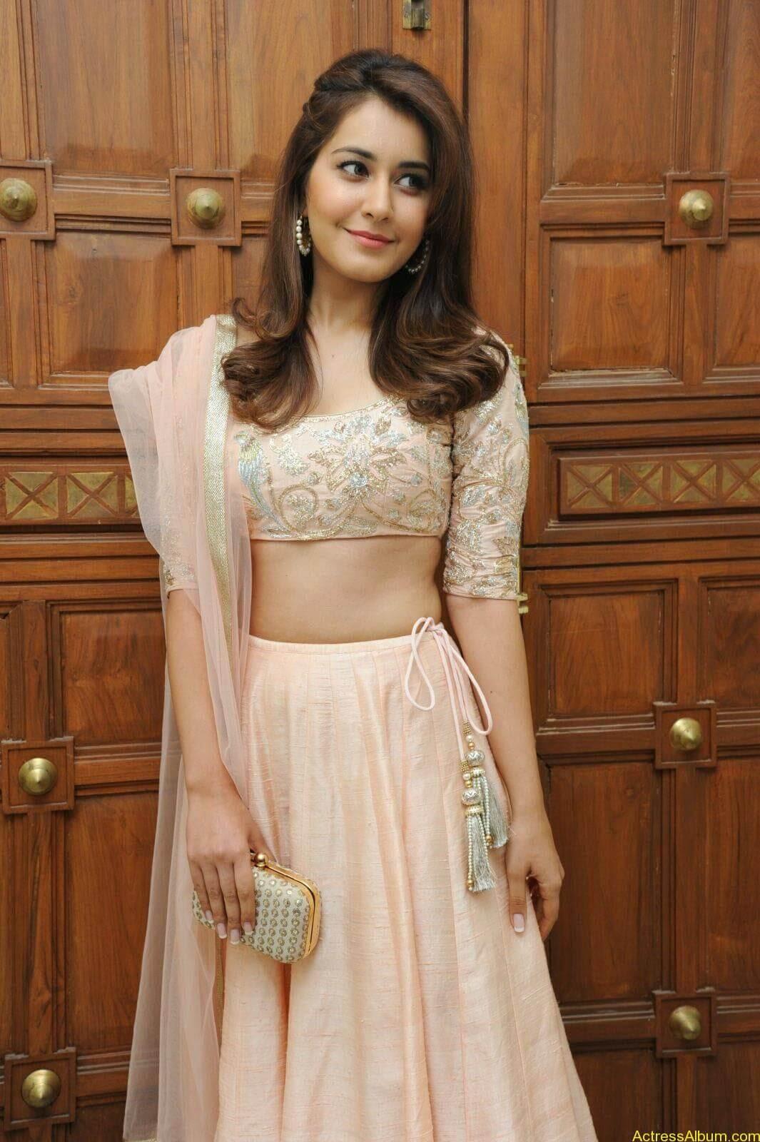 Rashi Khanna Latest Glam Stills At Jil Movie Audio Launch HQ 10