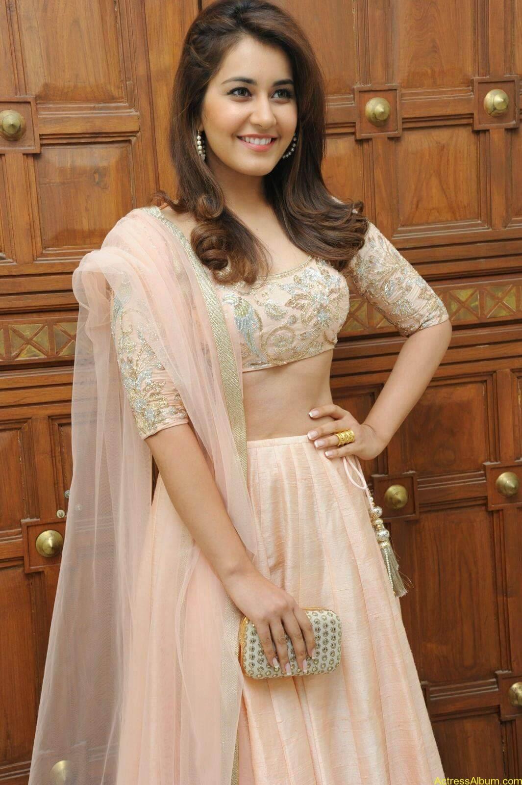 Rashi Khanna Latest Glam Stills At Jil Movie Audio Launch HQ 12
