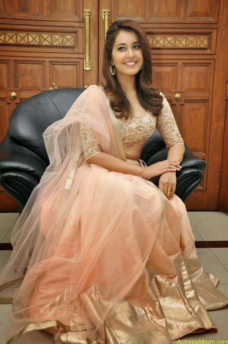 Rashi Khanna Latest Glam Stills At Jil Movie Audio Launch HQ 15