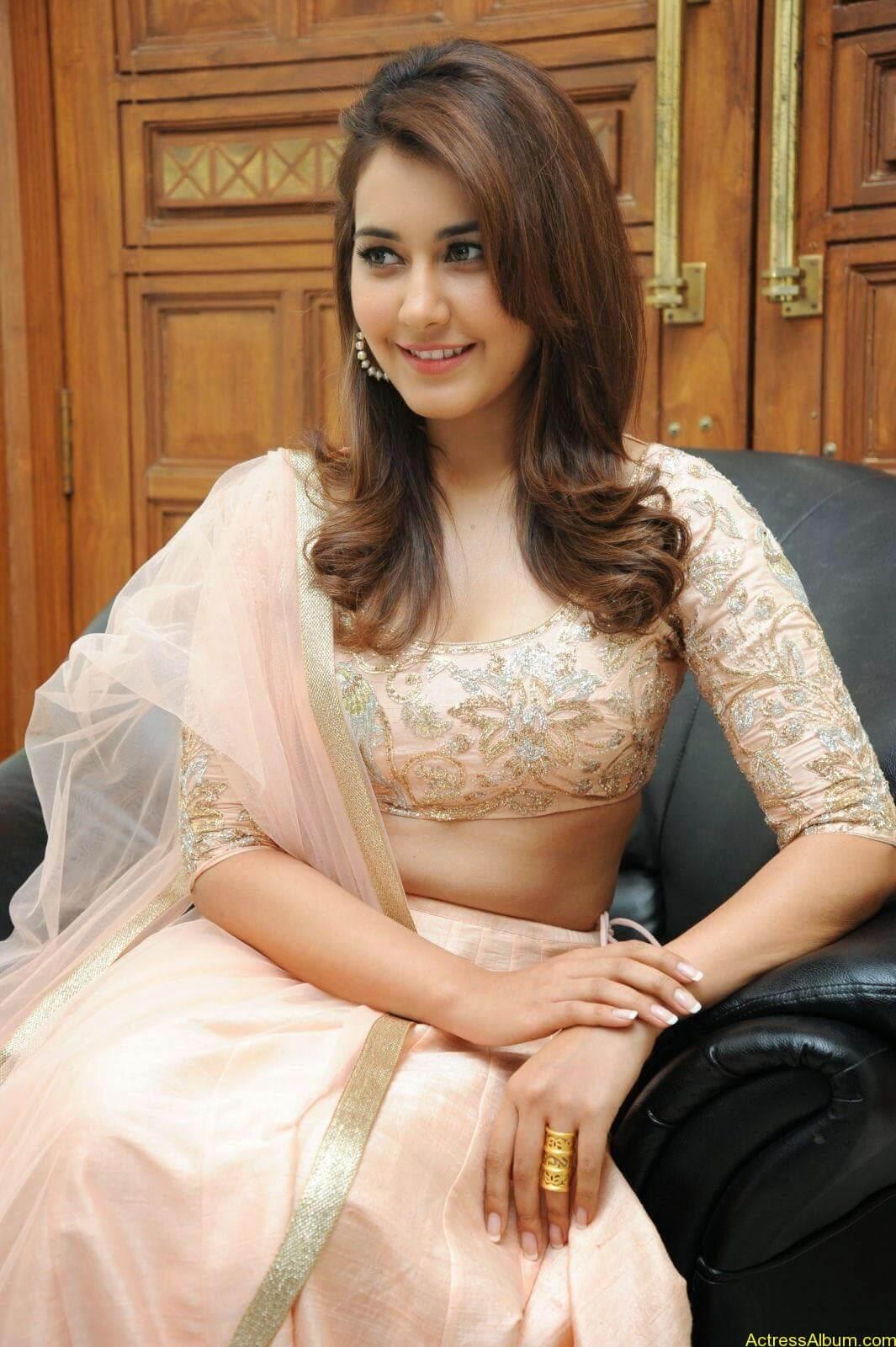 Rashi Khanna Latest Glam Stills At Jil Movie Audio Launch HQ 16