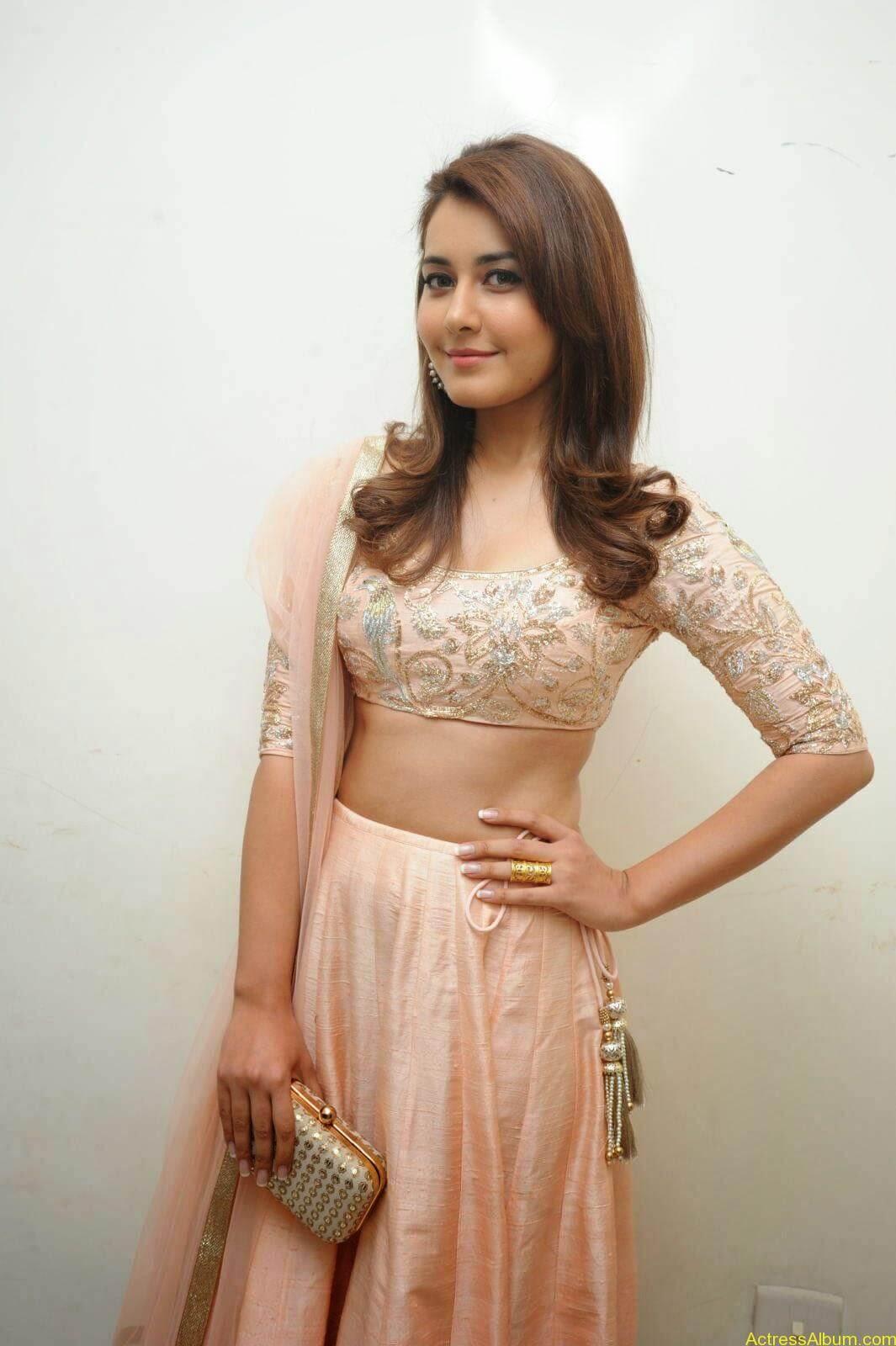 Rashi Khanna Latest Glam Stills At Jil Movie Audio Launch HQ 4