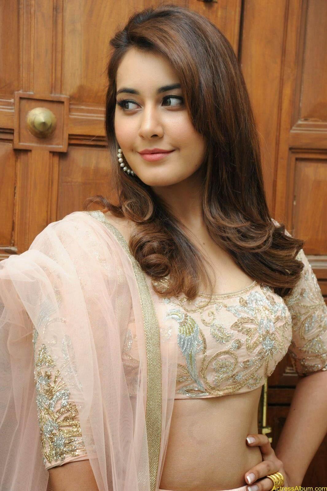 Rashi Khanna Latest Glam Stills At Jil Movie Audio Launch HQ 8