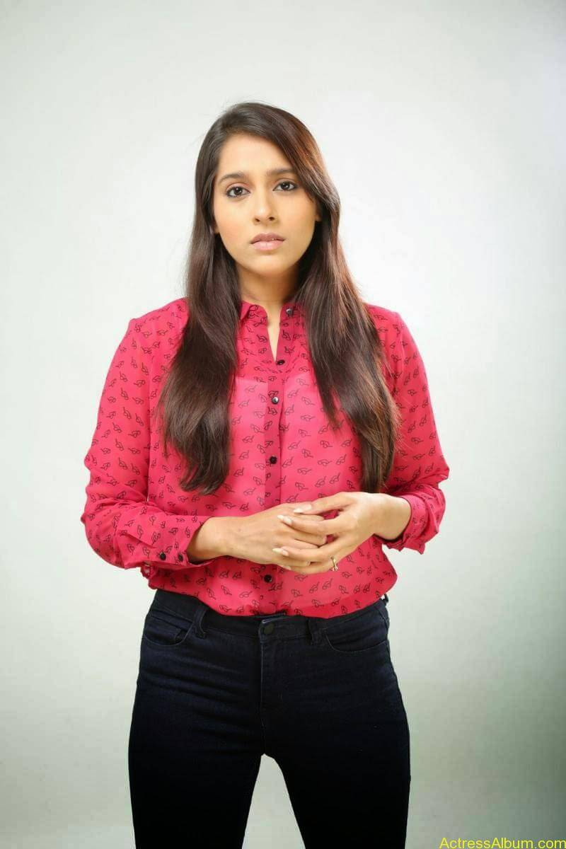 Rashmi Gautam Hot pink dress 1