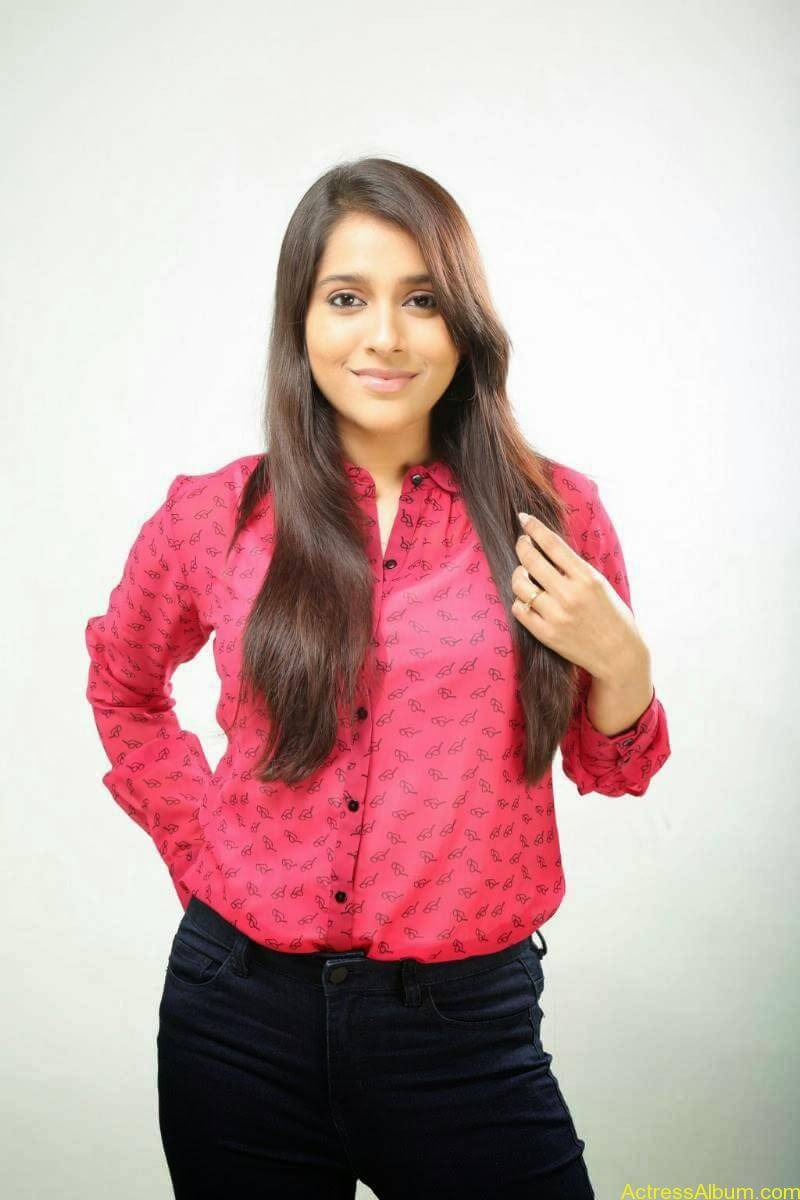 Rashmi Gautam Hot pink dress 13