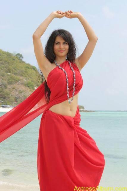 Ritu-Sachdev-Stills-From-Love-Boom-Boom-Movie_1