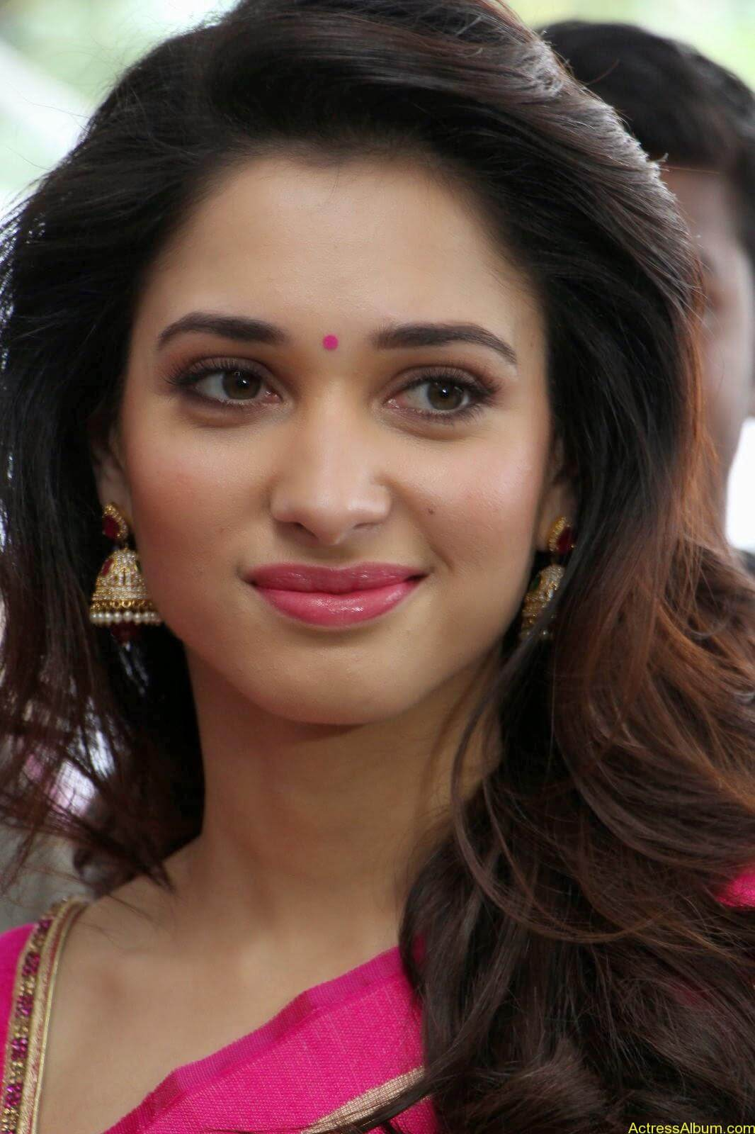Tamanna latest beautiful pics at Trisha Boutique launch event 11