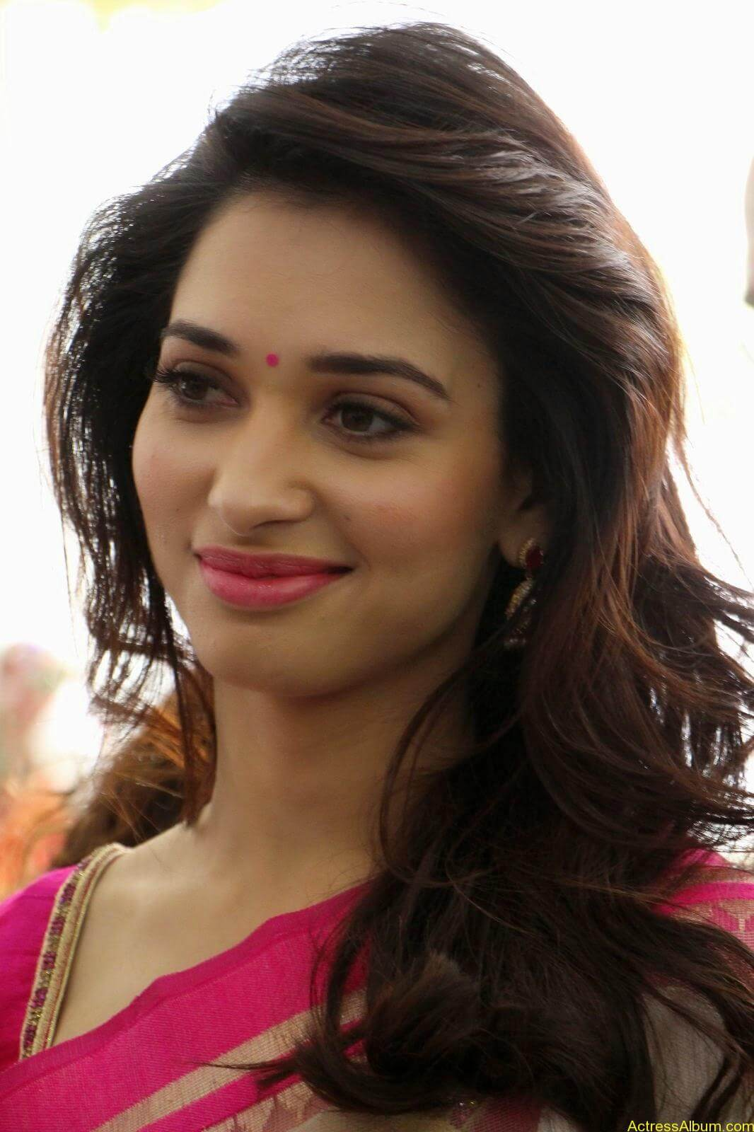 Tamanna latest beautiful pics at Trisha Boutique launch event 12