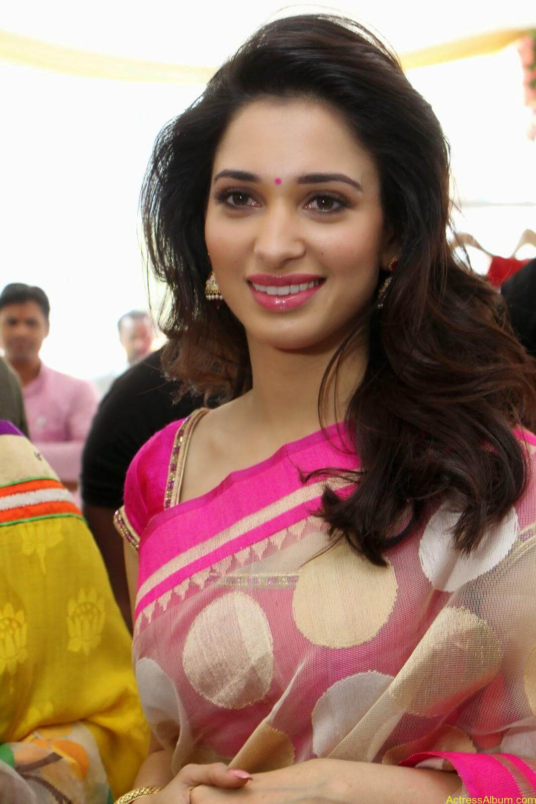 Tamanna latest beautiful pics at Trisha Boutique launch event 8