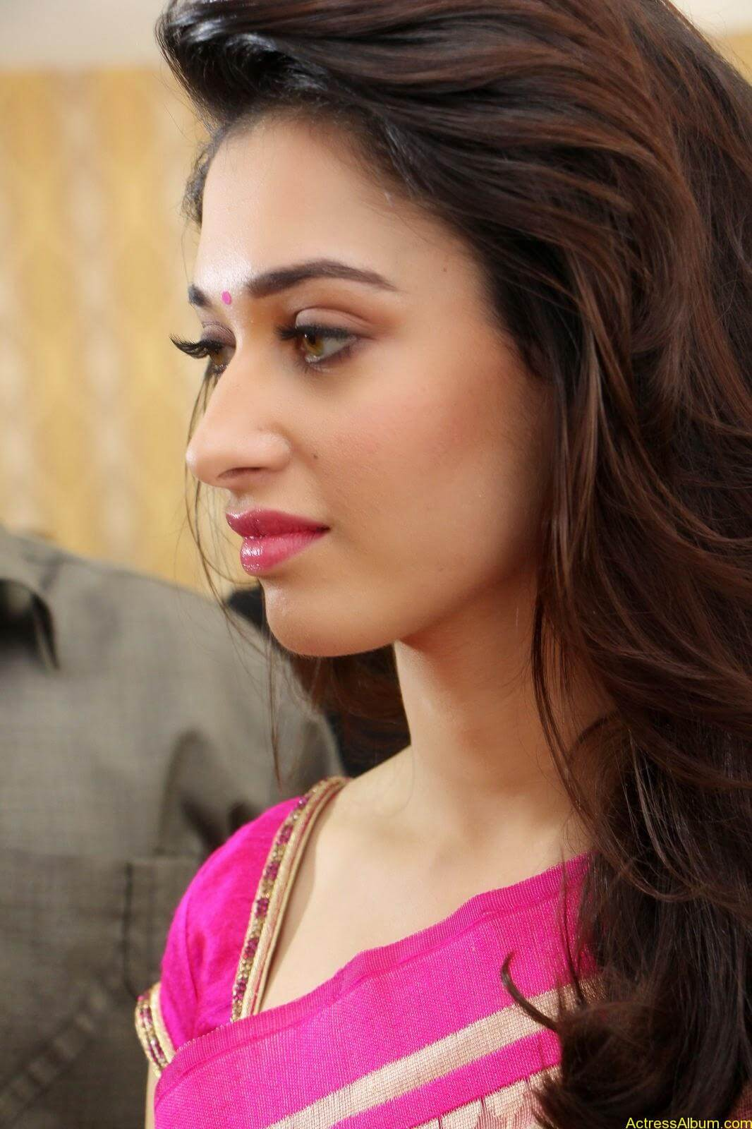 Tamanna latest beautiful pics at Trisha Boutique launch event 9