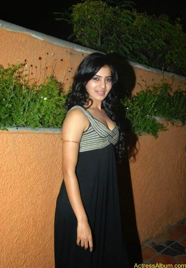 samantha-latest-hot-cleavage-photos-2