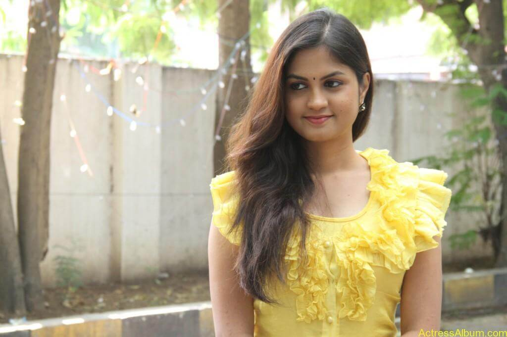 acress-aashritha-stills-at-orange-mittai-movie-press-meet-6