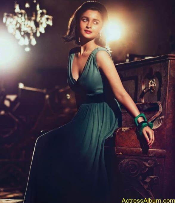 Alia-Bhatt-Photo-Shoot-for-Harper-Bazaar-Photos-8
