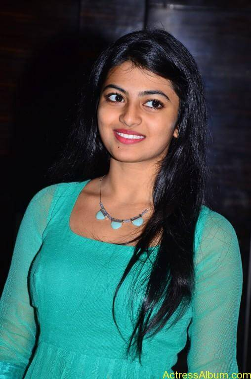Actress-Anandhi-latest-Photos-stills-pictures-5