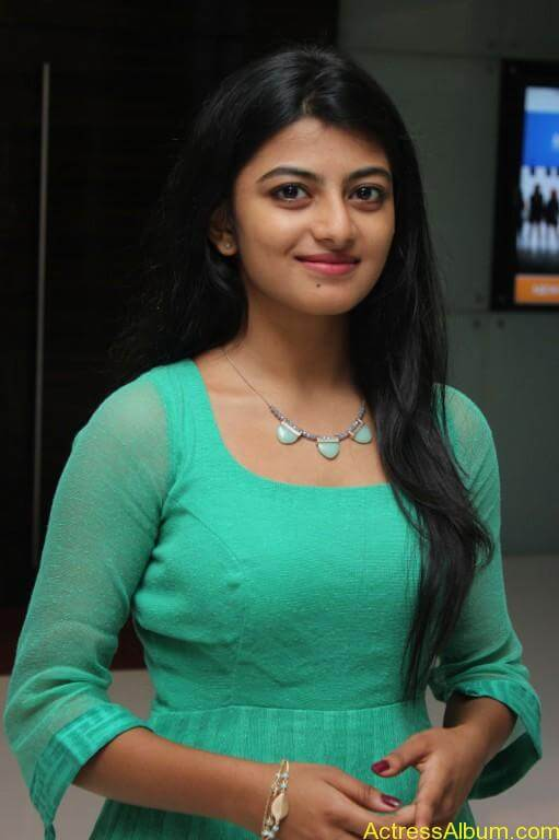 Actress-Anandhi-latest-Photos-stills-pictures-6