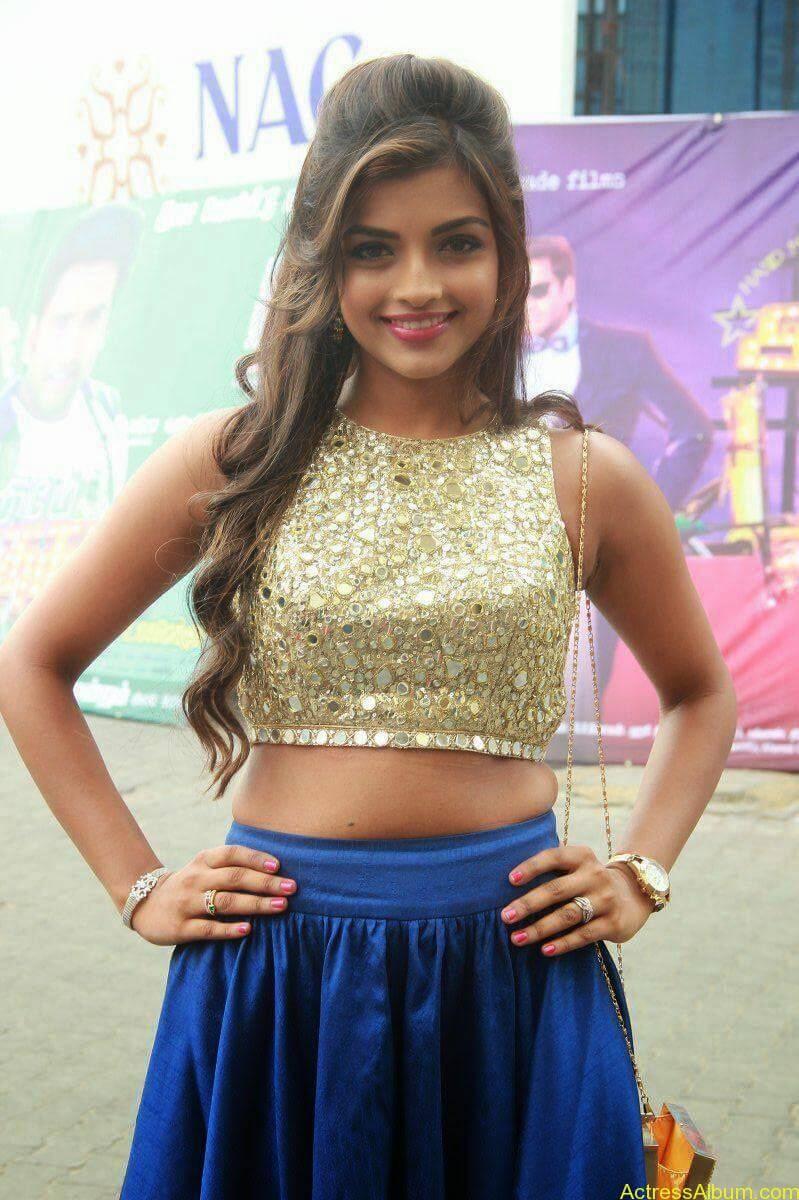 Actress Ashna Images - 1