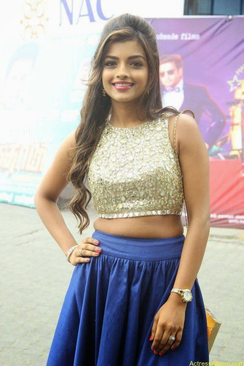 Actress Ashna Images - 2