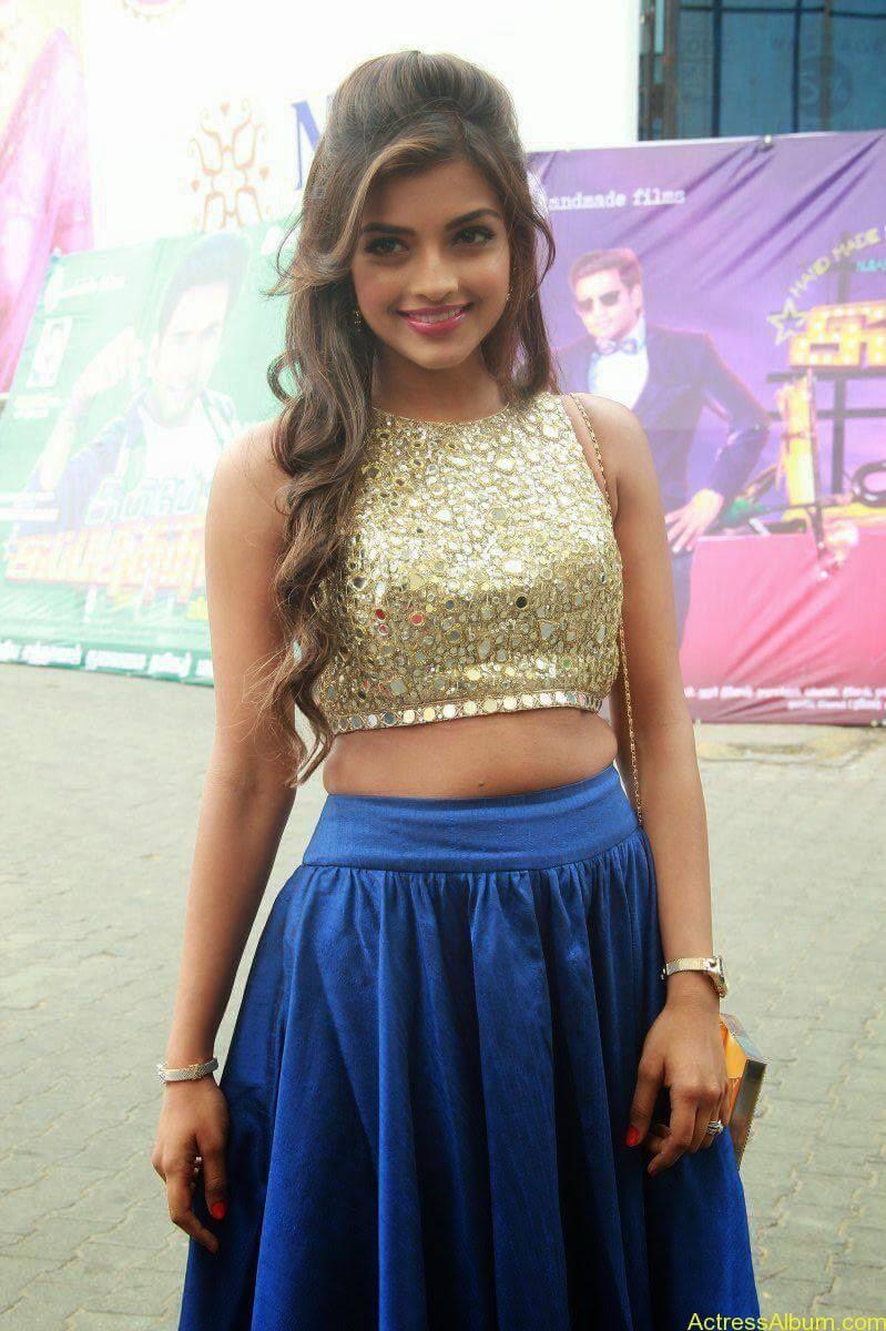 Actress Ashna Images - 6
