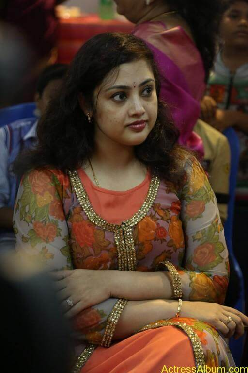 Actress-Meena-Latest-Photos-Stills-Pictures-7