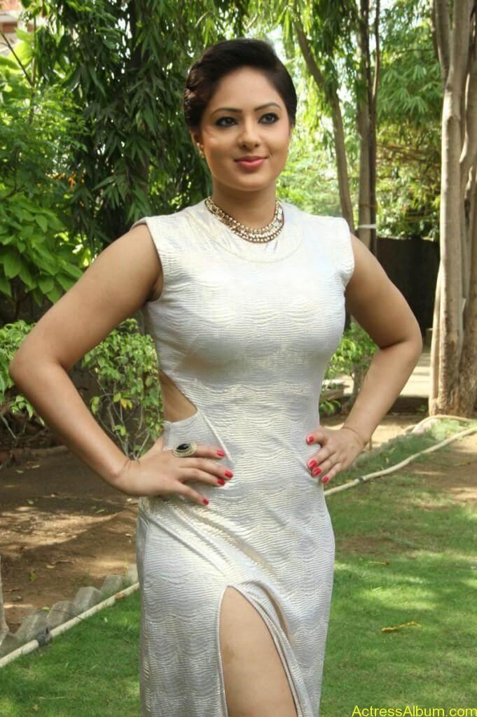 Actress Nikesha Patel Hot Stills - 3