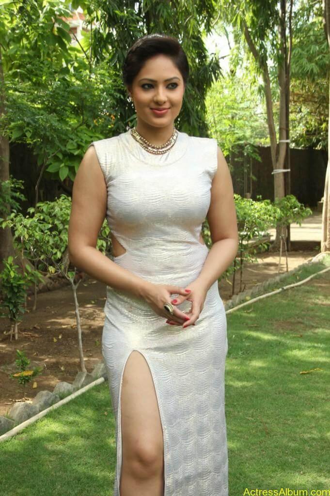 Actress Nikesha Patel Hot Stills - 5