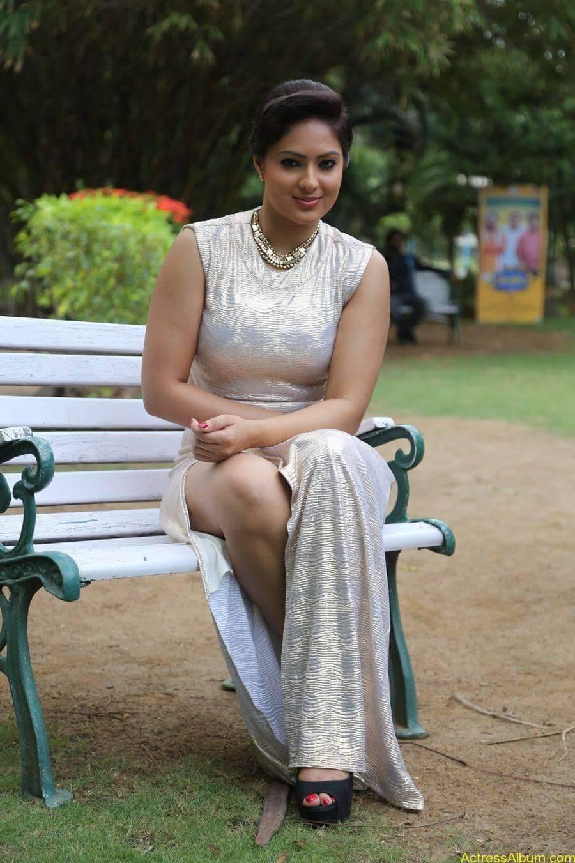 Actress Nikesha Patel Hot Stills - 9