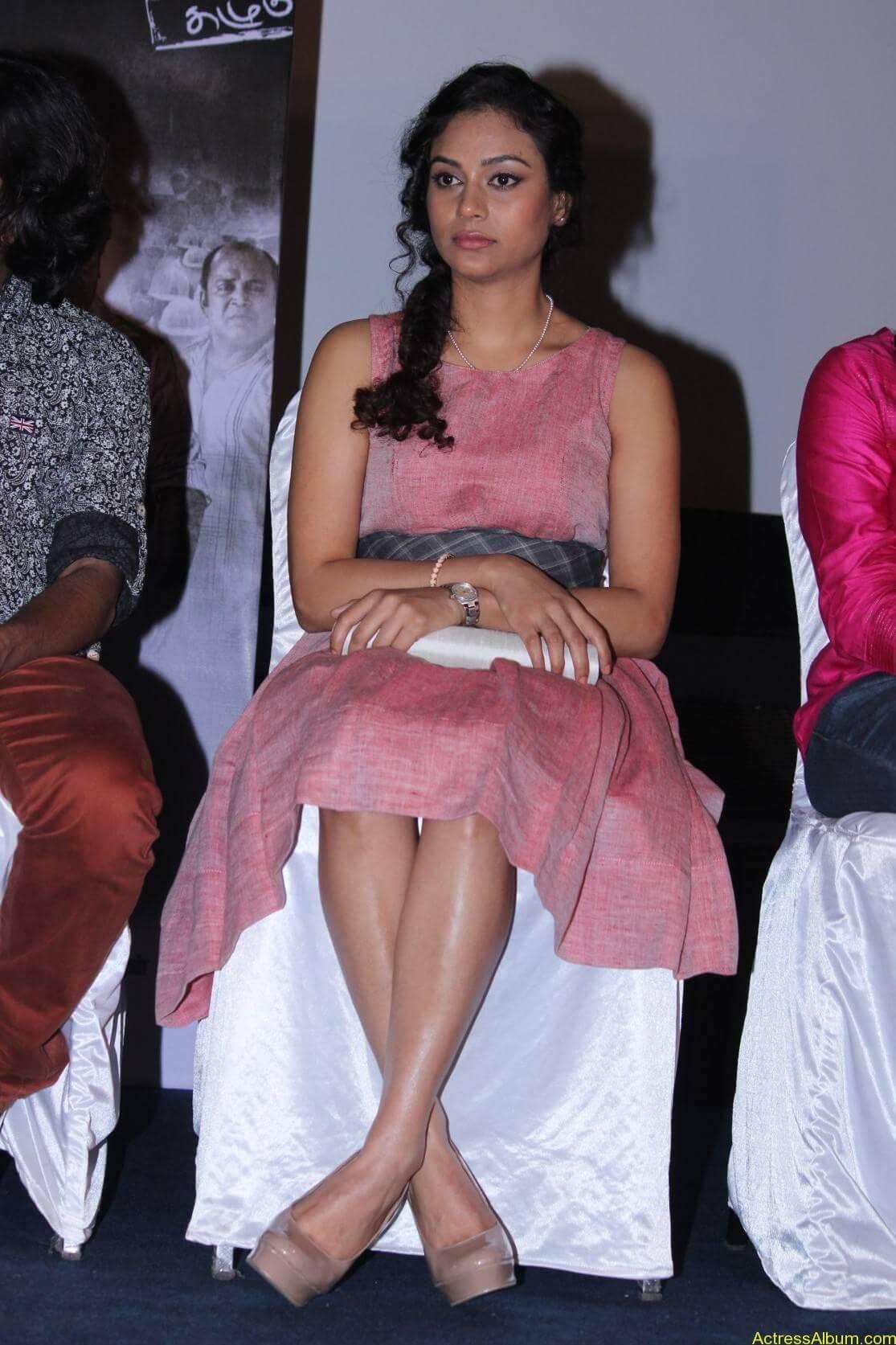 Actress Rupa Manjari Latest Photos - 6