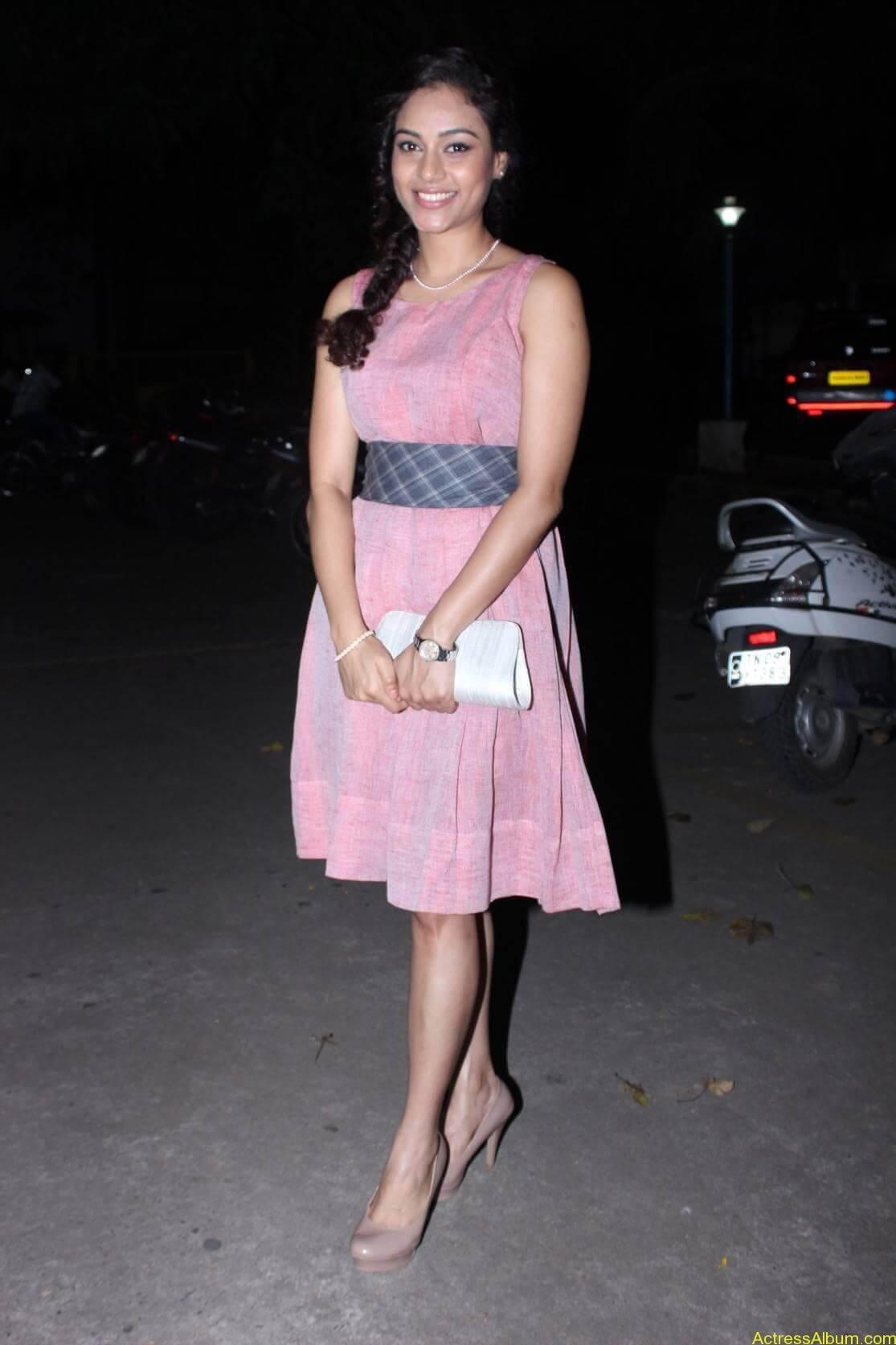 Actress Rupa Manjari Latest Photos - 9