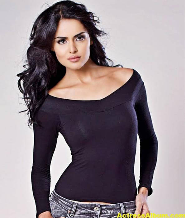Actress Sapna Pabbi Photoshoot Stills - 12