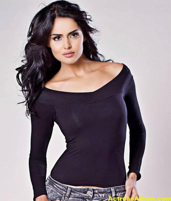 Actress Sapna Pabbi Photoshoot Stills - 12