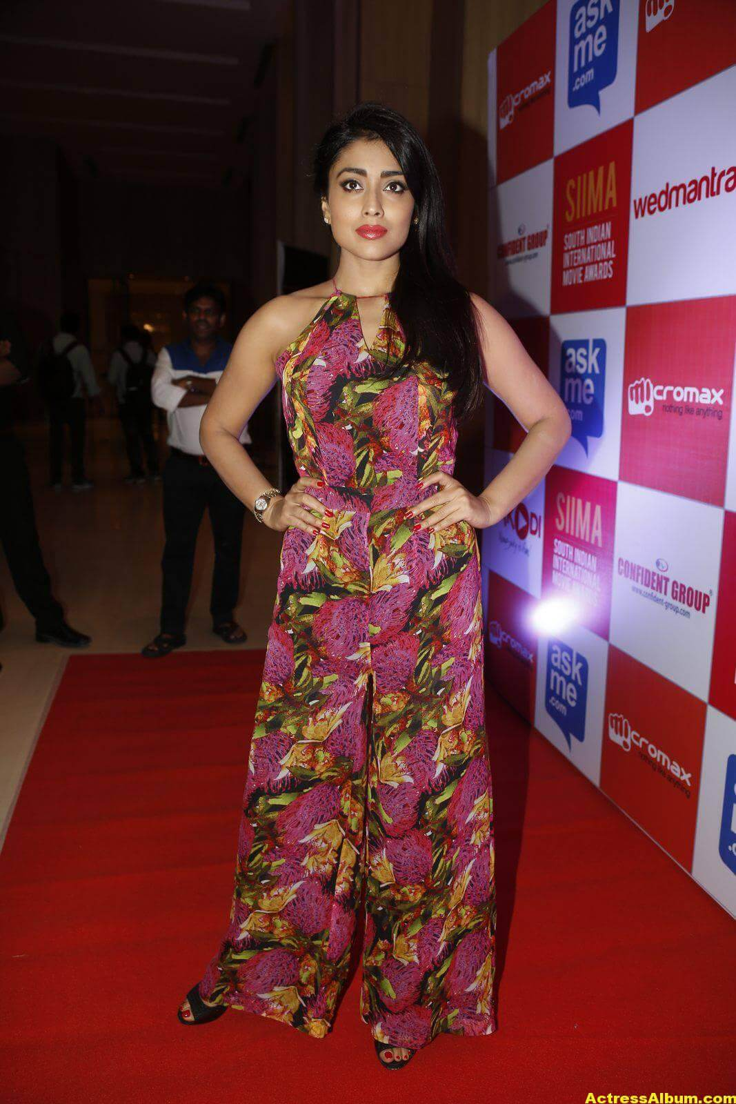 Actress Shriya Saran at SIMMA Awards-0