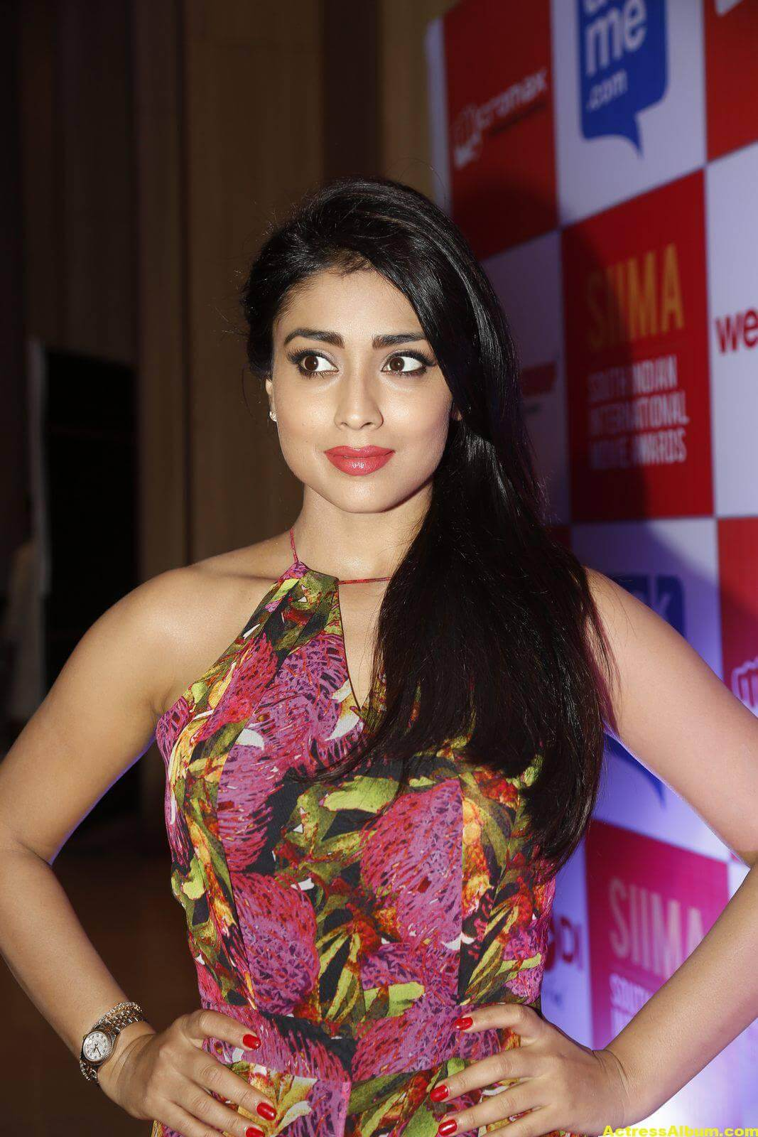 Actress Shriya Saran at SIMMA Awards-3