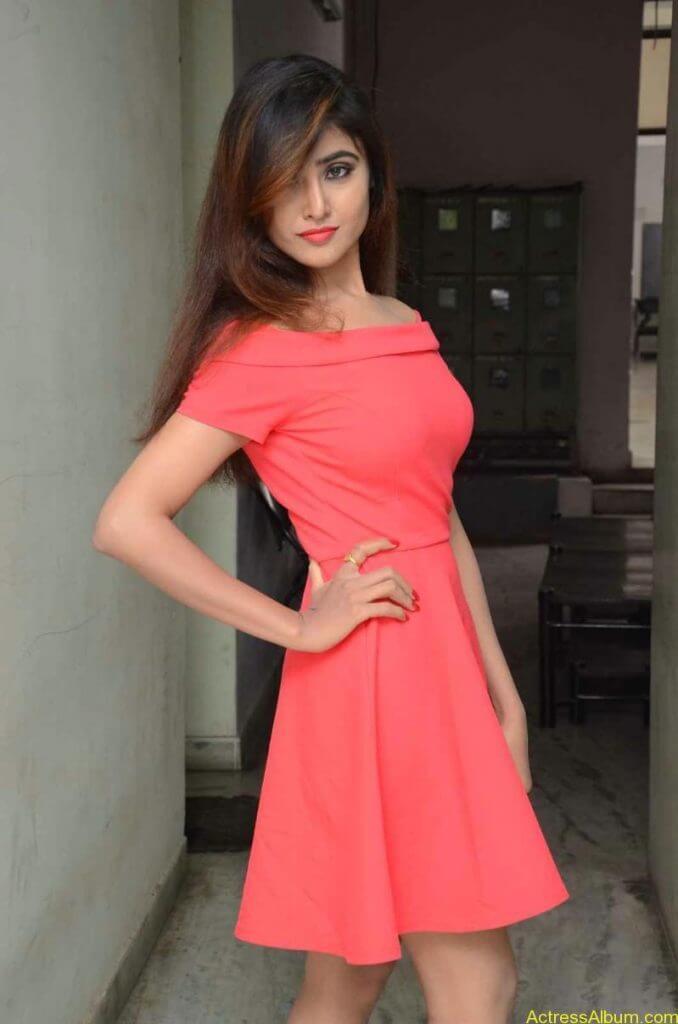 actress-soni-charishta-latest-stills (100)