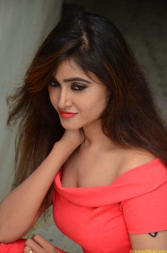 actress-soni-charishta-latest-stills (59)