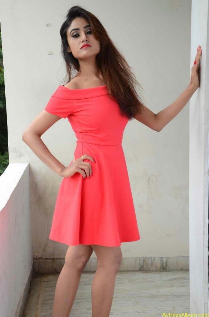 actress-soni-charishta-latest-stills (70)