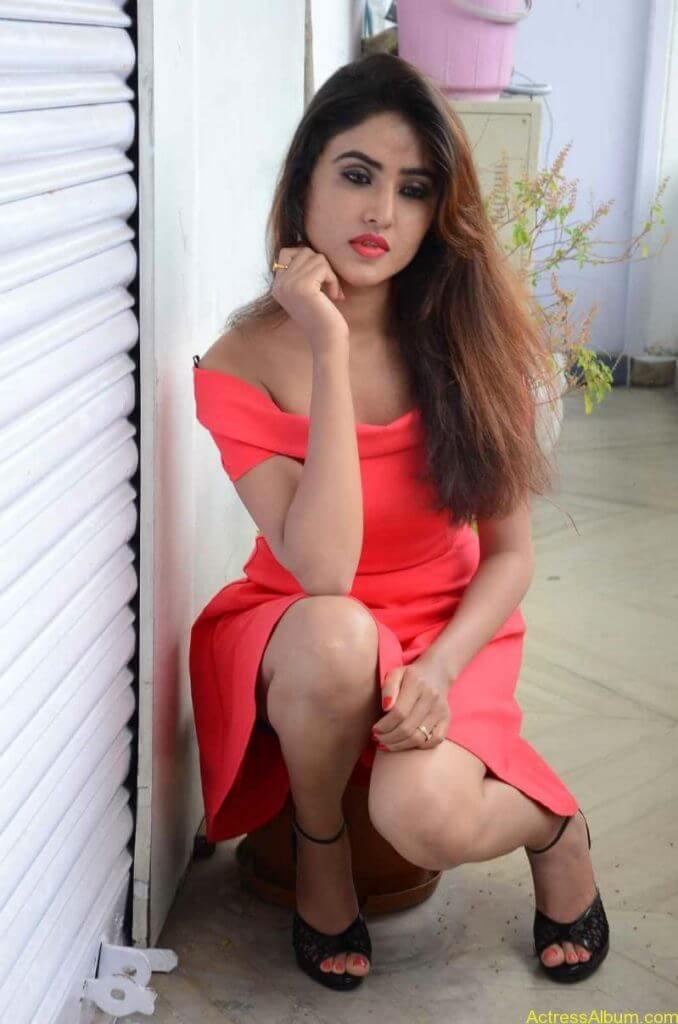 actress-soni-charishta-latest-stills (73)