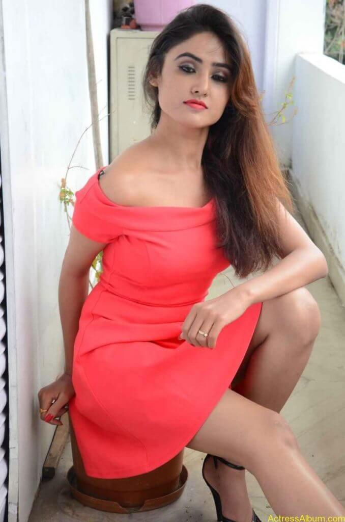 actress-soni-charishta-latest-stills (78)