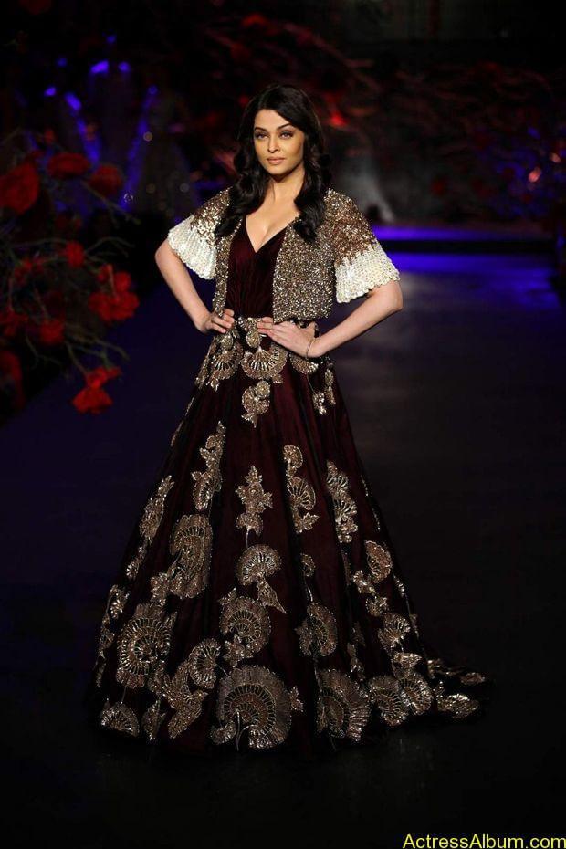 Aishwarya-Rai-latest-photos-stills-1