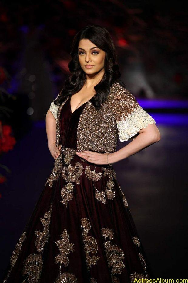 Aishwarya-Rai-latest-photos-stills-2