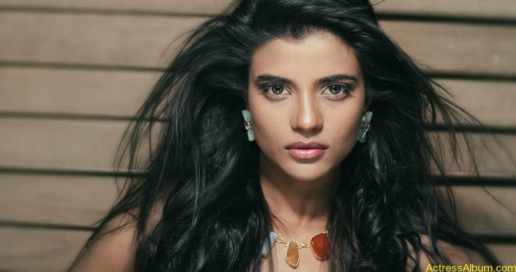 aishwarya-rajesh-new-photoshoot-stills-1
