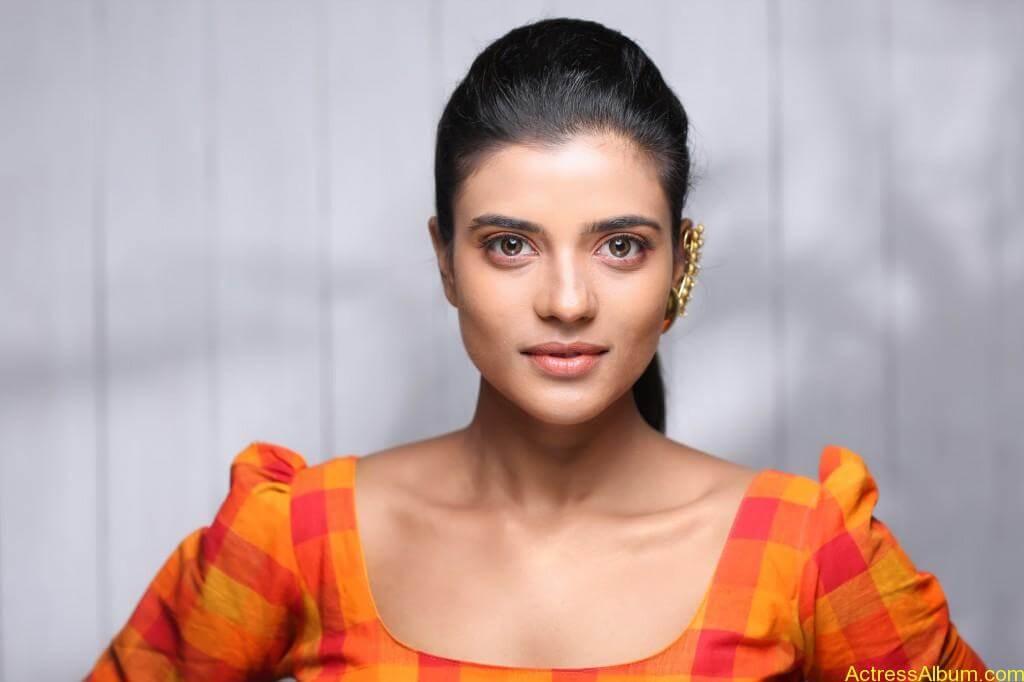 aishwarya-rajesh-new-photoshoot-stills-2