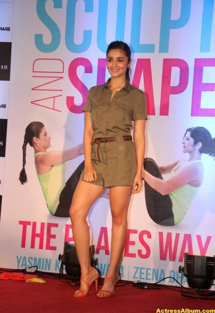 Alia-Bhatt-Stills-At-Sculpt-And-Shape-Book-Launch-0